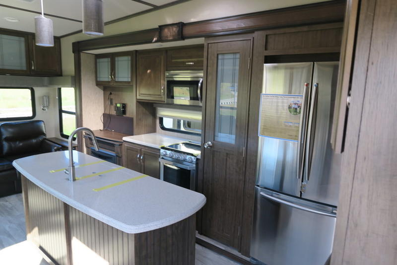 North Point Rv >> 2019 Grand Design Solitude 3350RL | Roy's RV Supercenter ...